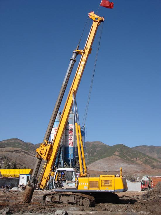 ZR120 Hydraulic Rotary Drilling Rig For 50M depth,tracked pile driver