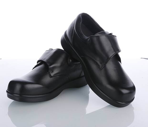 Diabetic Leather Shoes Corrective Diabetic Care Product Comfrotable Leather Shoes Factory
