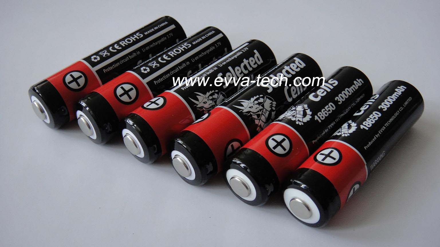 Li ion rechargeable Flashlight Battery Protected 18650 3000mAh 3.7V
