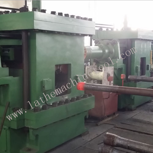 Low scrap rate tube end forming press for Upset Forging of drill collar