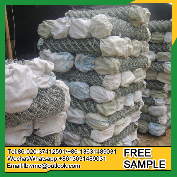 Exporting door to door woven wire mesh chain link fence