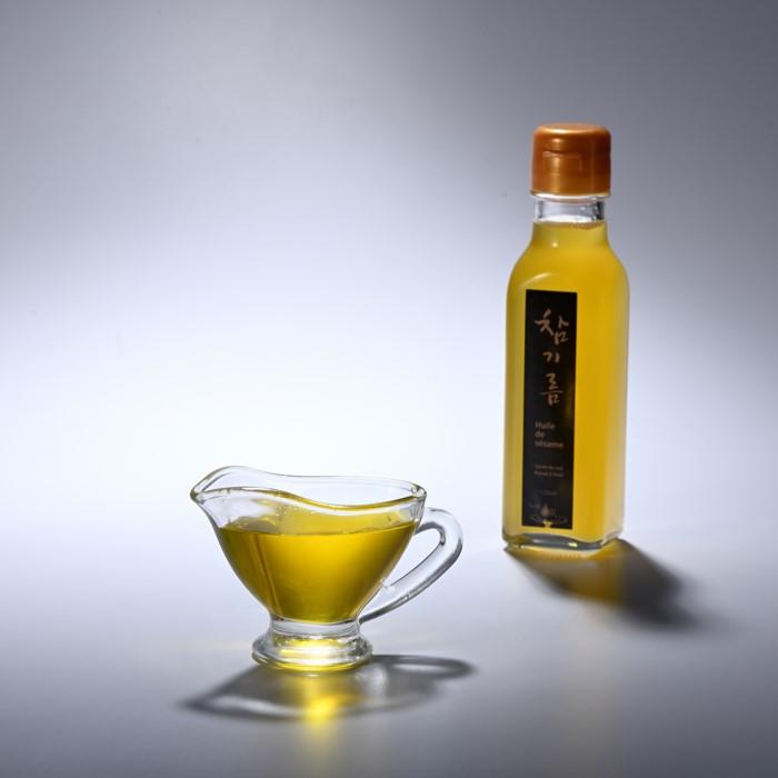 Korean sesame oil. Huile de OR Sesame.