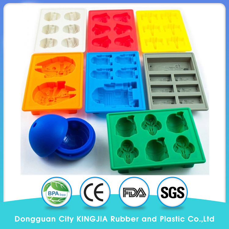 Set of 8 Star Wars Silicone Tray Ice Cube And Candy Mold
