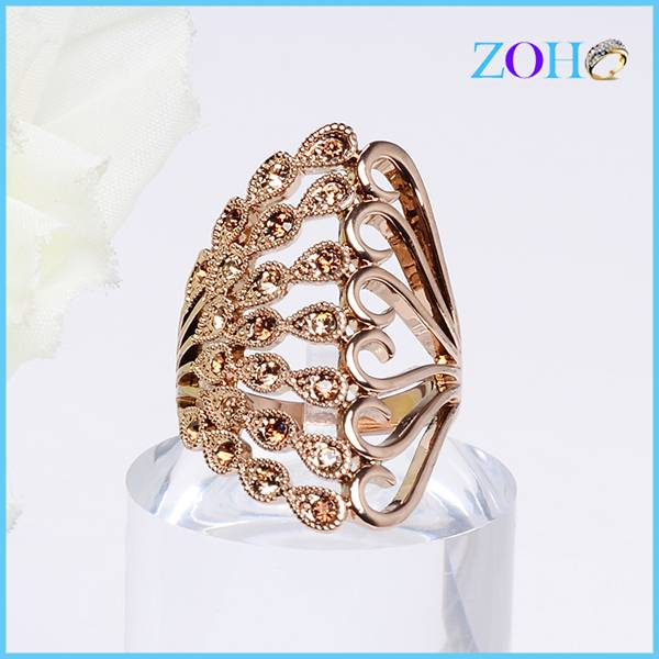 2016 vintage gold plating peacock ring with crystal stone tail custom rings