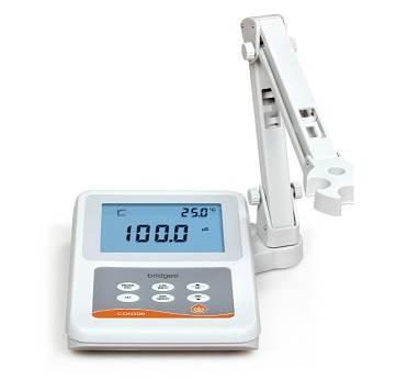 CON300 Conductivity / TDS / Salinity Meter