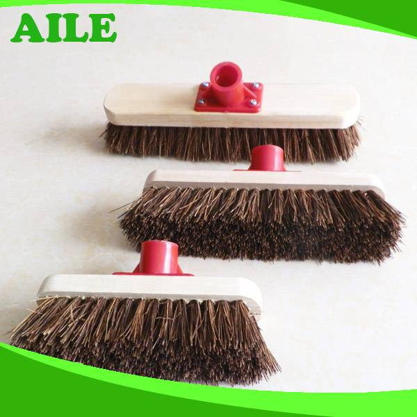 Good Garden Sweeping Broom