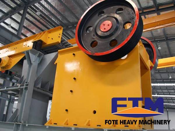 Gravel Jaw Crusher/Mobile Jaw Crusher For Sale/Jaw crusher