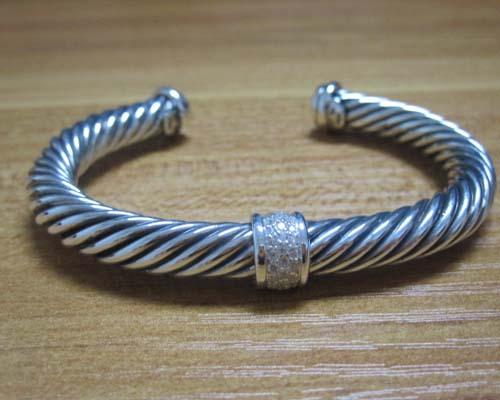 Sterling Silver Jewelry 7mm Cuff Silver Bracelet (B-093)