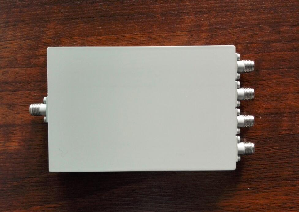 500-8000MHZ 4 Way Power Divider