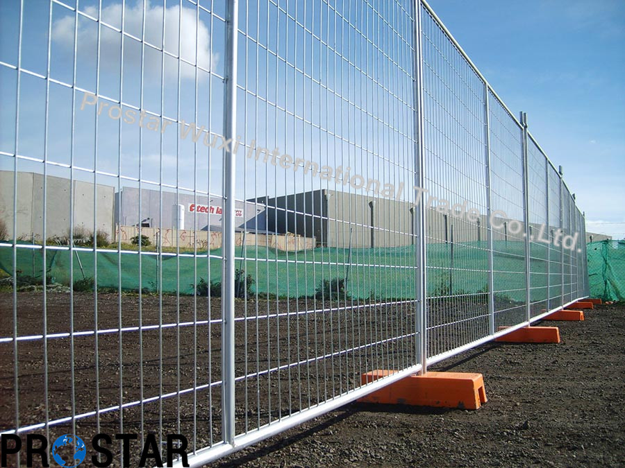 Residential Renovations Temporary Fence with Hot Dipped Galvanised Stays