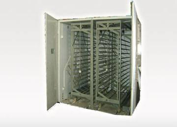 egg incubator / hatching machine