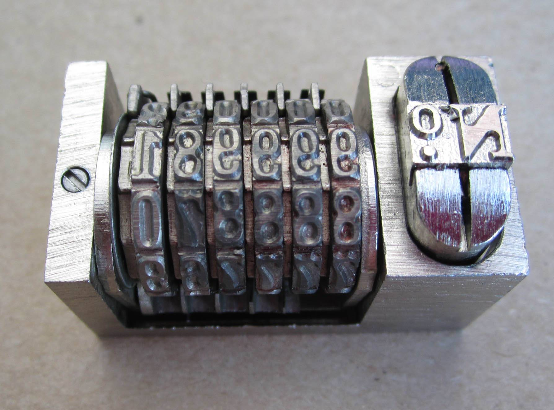 Letter press numbering machine with 6/7/8 digits