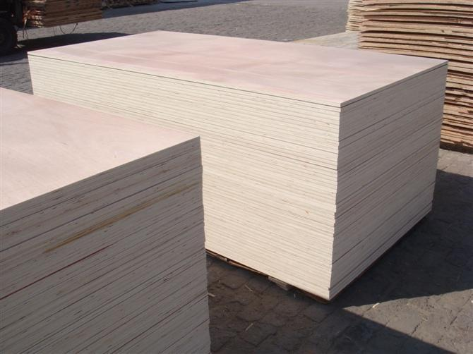 Furniture grade okoume plywood