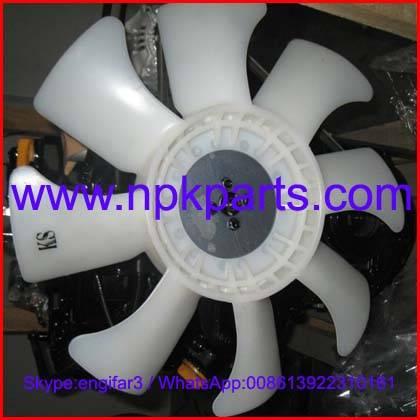 Yanmar engine 4TNE94 water pump fan/cooling fan 129900-44700