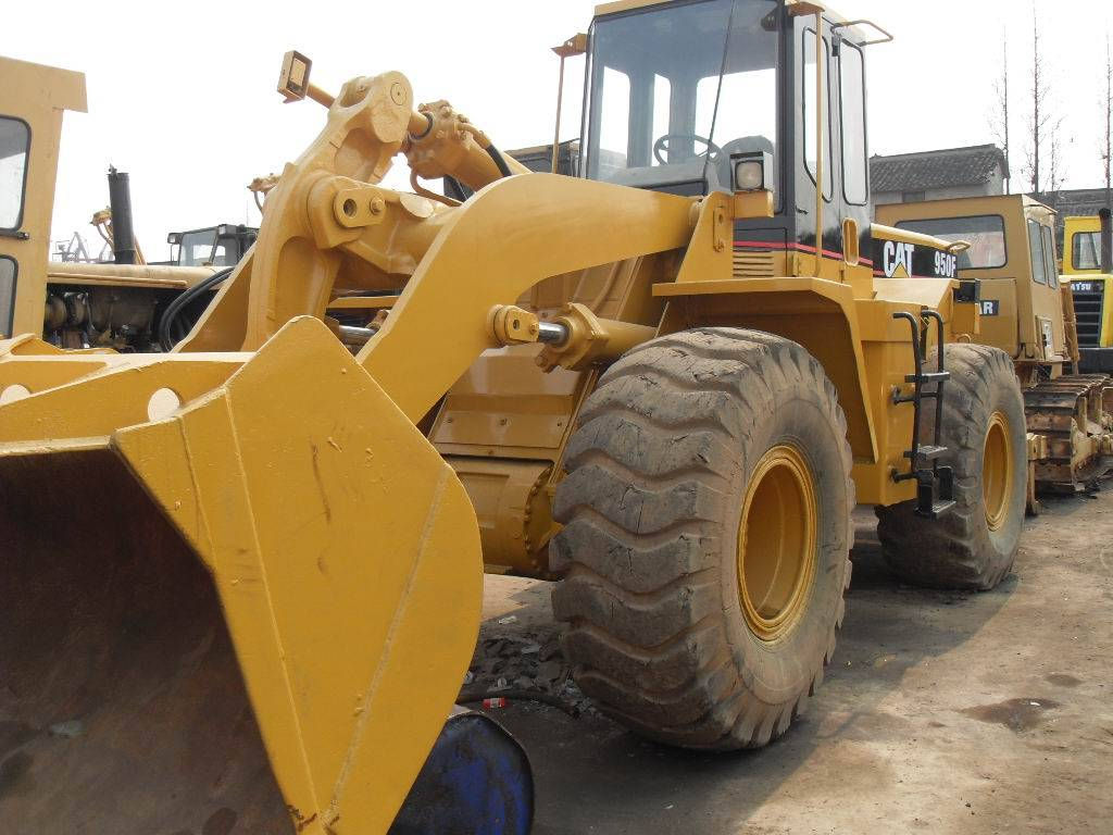 used  950F wheel loader for sale  ,used wheel loader 950F in good condition