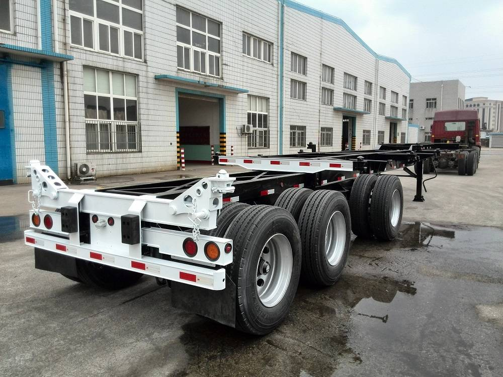 20ft-40ft 3Axles Extendable Chassis B3