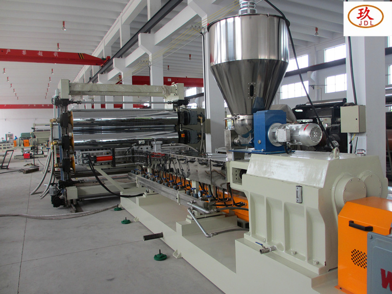 XPE foaming sheet extruder