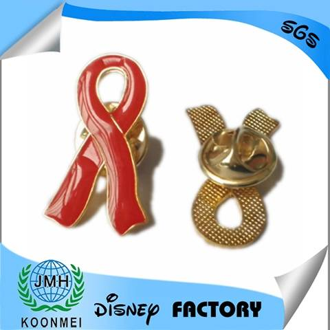 factory custome-made 2D/3D metal enamel emblem badge in China