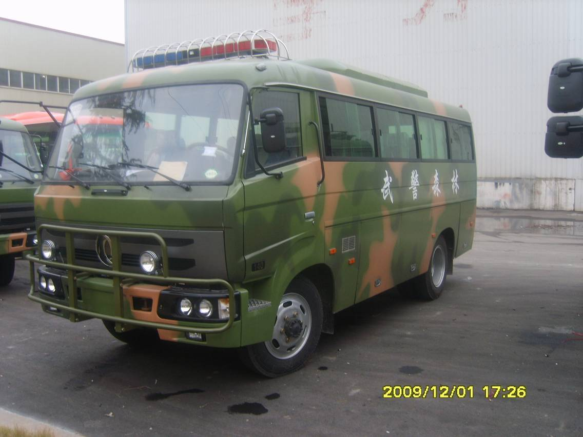 Dongfeng 4*4 Off Road Bus EQ6672PT