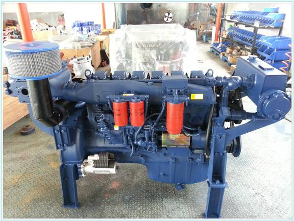 1500RPM L4 L6 24KW -320KW small marine diesel engines With gearbox