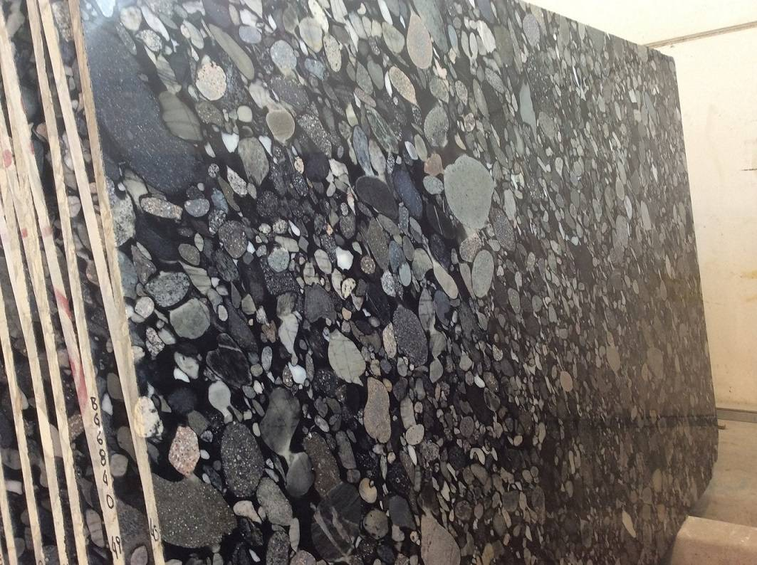 BLACK MOSAIC - GRANITE - BRAZIL SLABS