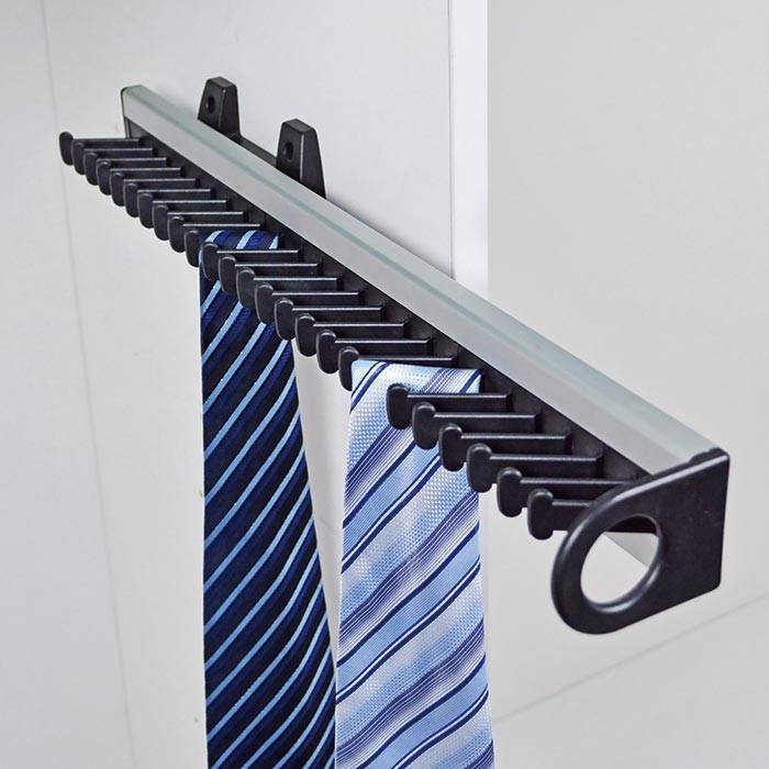 Pull Out Tie Rack