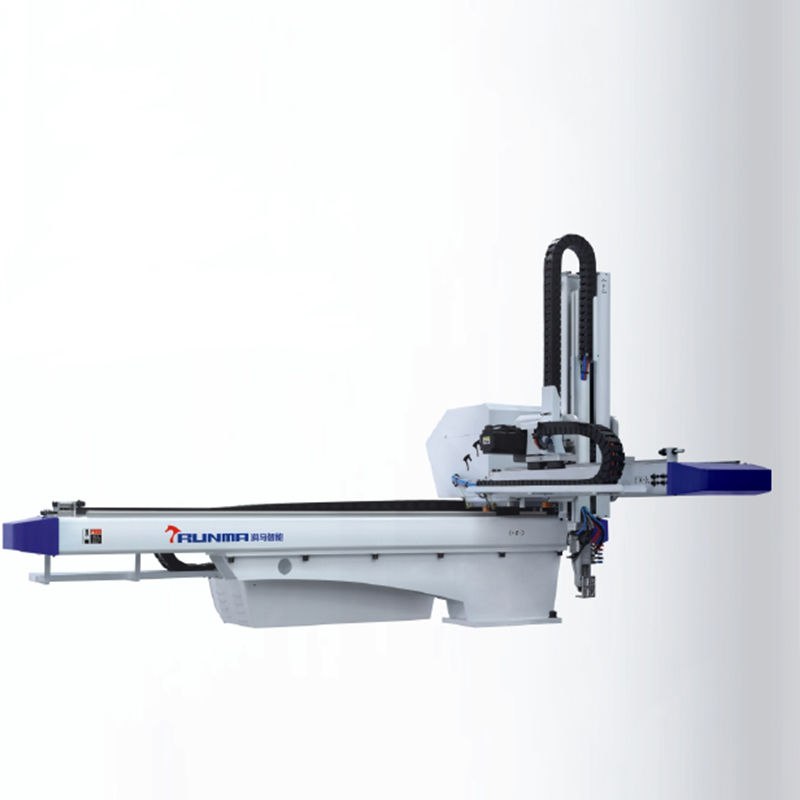 Flat Linear Robot Pick & Place for Injection Molding