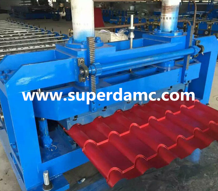 Glazed step tile roofing panel roll forming machine bamboo style