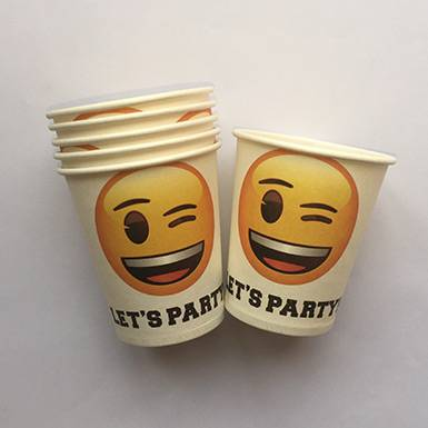 Wholesale colorful custom Smiling Face Party Cups