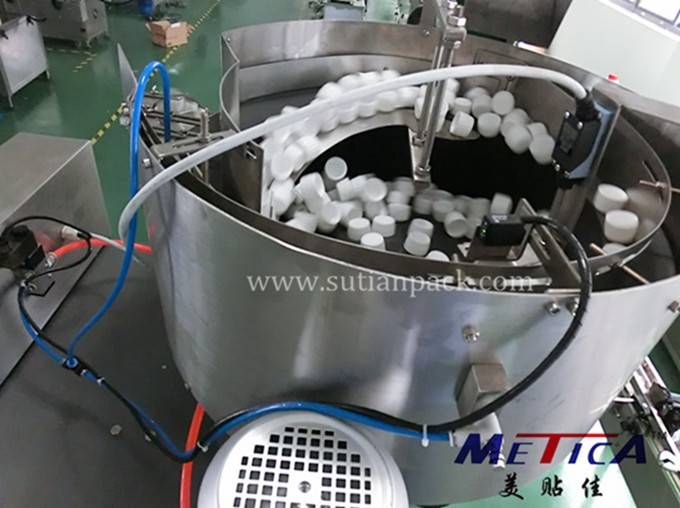 Automatic Linear Capping Machine with Feeding Plate