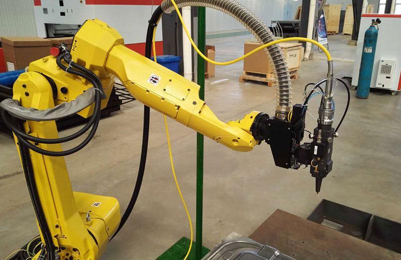 3D Robot Fiber Laser Cutting Machine