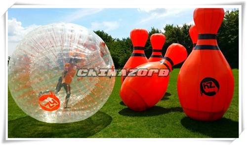 2016 new popular outdoor sports games inflatable bowling ball game