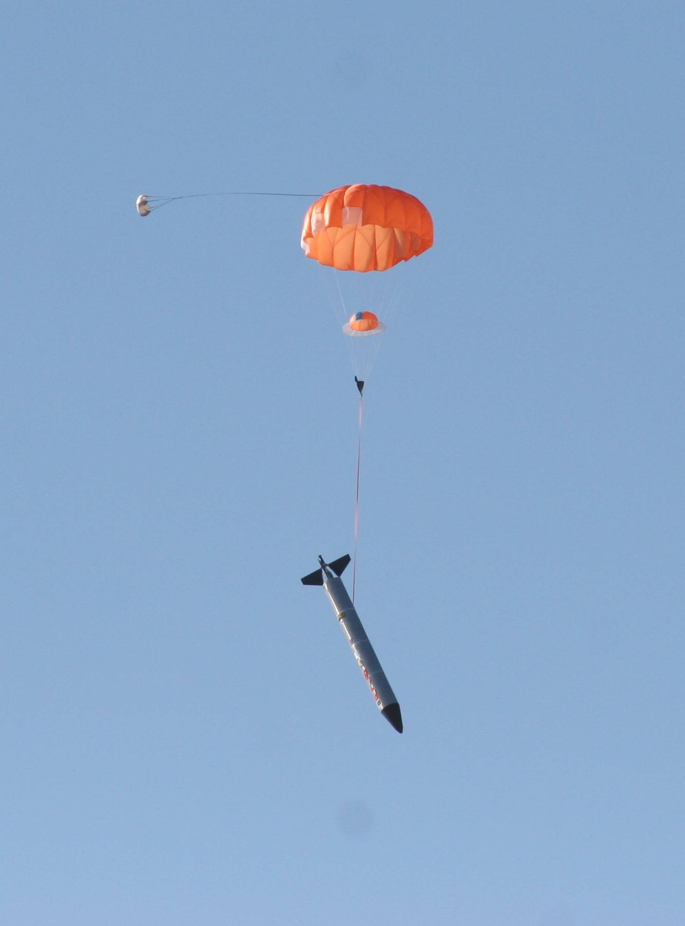 Rocket sonde parachute