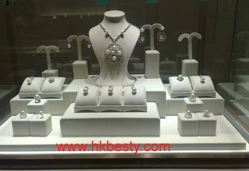 Fashion and high quality  jewellery  display stand