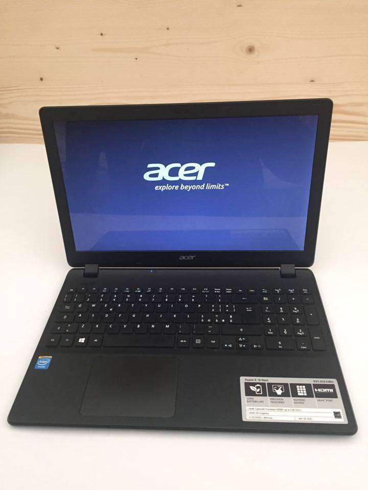 Mouse over image to zoom      Acer-Aspire-15-6-Laptop-Intel-Celeron-4GB-Memory-500GB-Hard-Drive-win8
