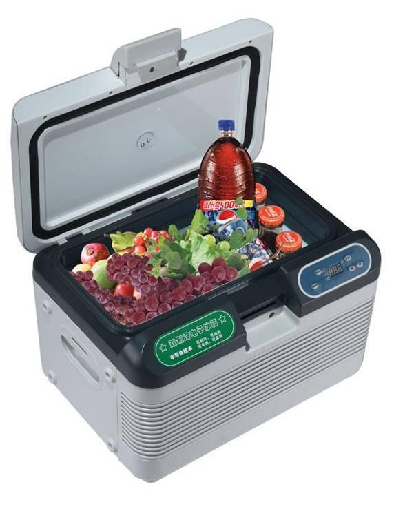 SZ-12L semiconductor mini 12V car fridge
