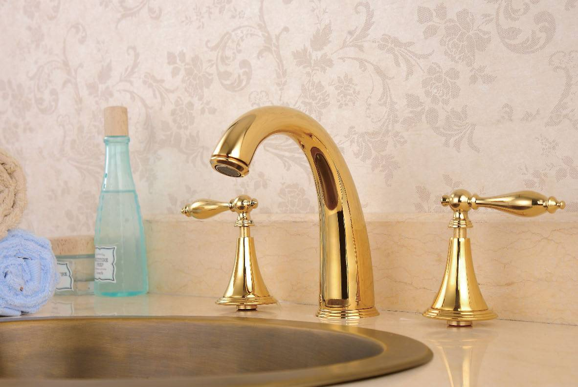 Luxury Brass Gold Deck Mounted Basin Faucet