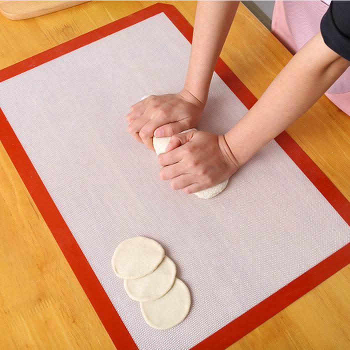 Nonstick fiberglass silicone baking mat