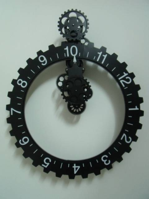 Big Wheel Retro Modern Mechanical Gear Operated Vintage Wall Clock Interior Hom