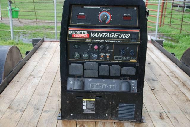 Lincoln Electric Vantage 300 K2409-2 Welder