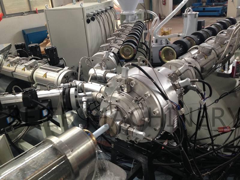 PE/PP-R pipe extrusion line(multi-layer) plastic pipe machine