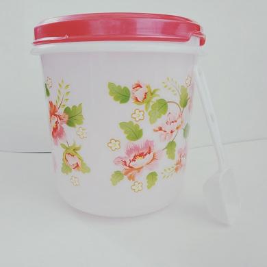 RT plastic container