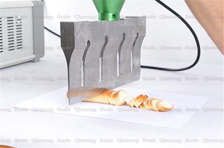 20Khz Customized Ultrasonic Cutting Machinery for Frozen Tomato Meat Food