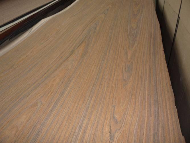 Engineered rosewood veneer
