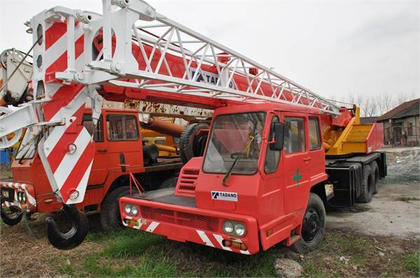 TADANO TL200E Fully Hydraulic Truck Crane