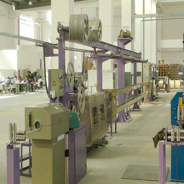 high quality pvc/pe wire and cable making machine made in china