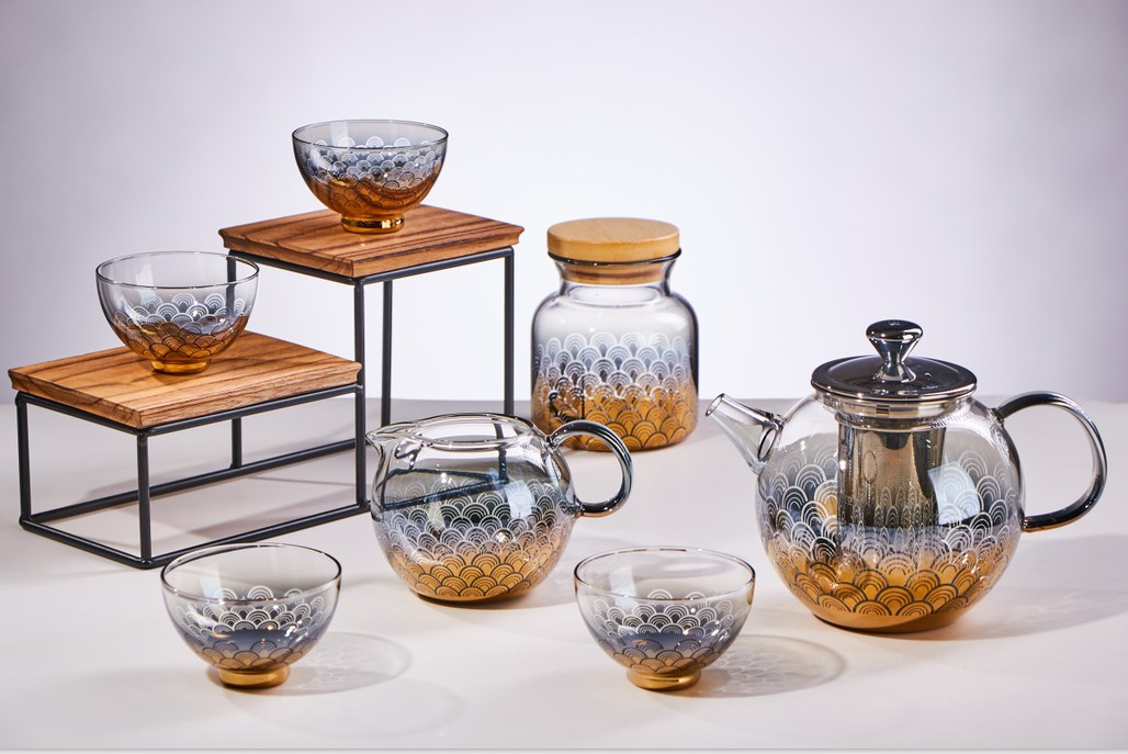 fire heating glass teapot with tea set