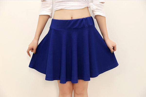 Lady's short skirt