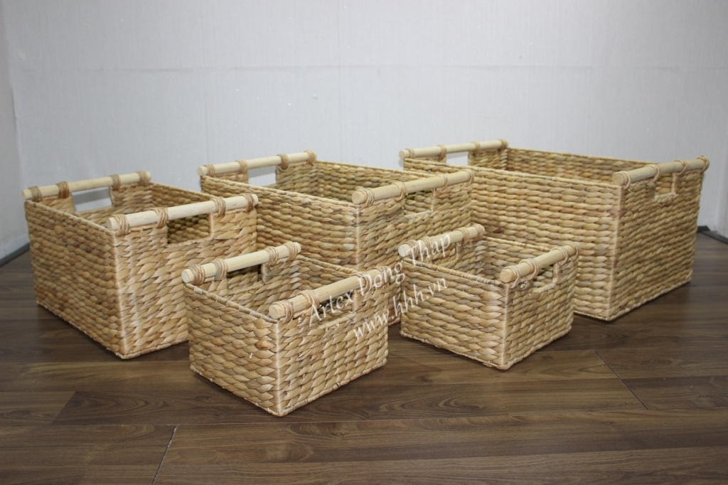 Water hyacinth storage basket for home decor and furniture - SD2497A-5NA