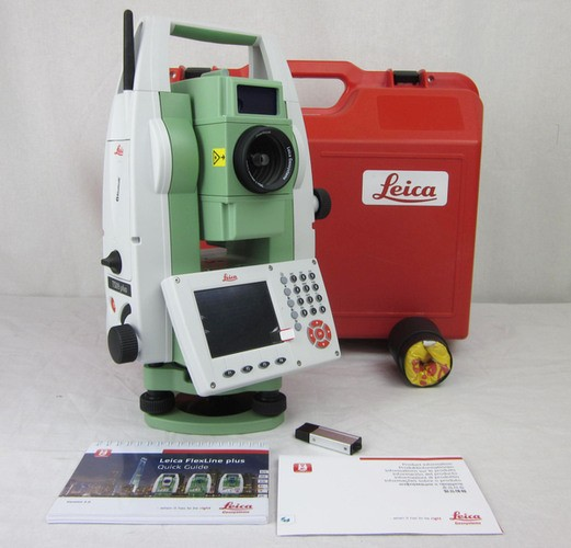 """Used Leica TS09 plus 3"""" R500 Total Station with Bluetooth"""
